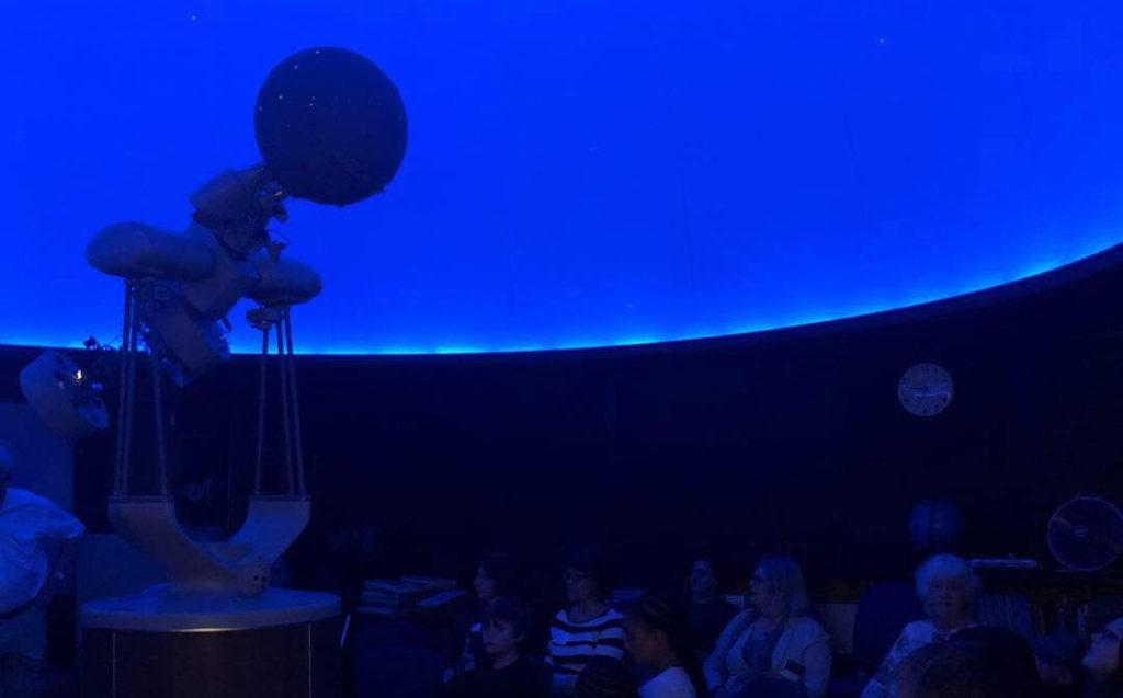Alumni at Planetarium